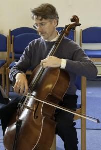 David rehearses before a concert at Ananda Sangha, Palo Alto, California. (Click to enlarge.)