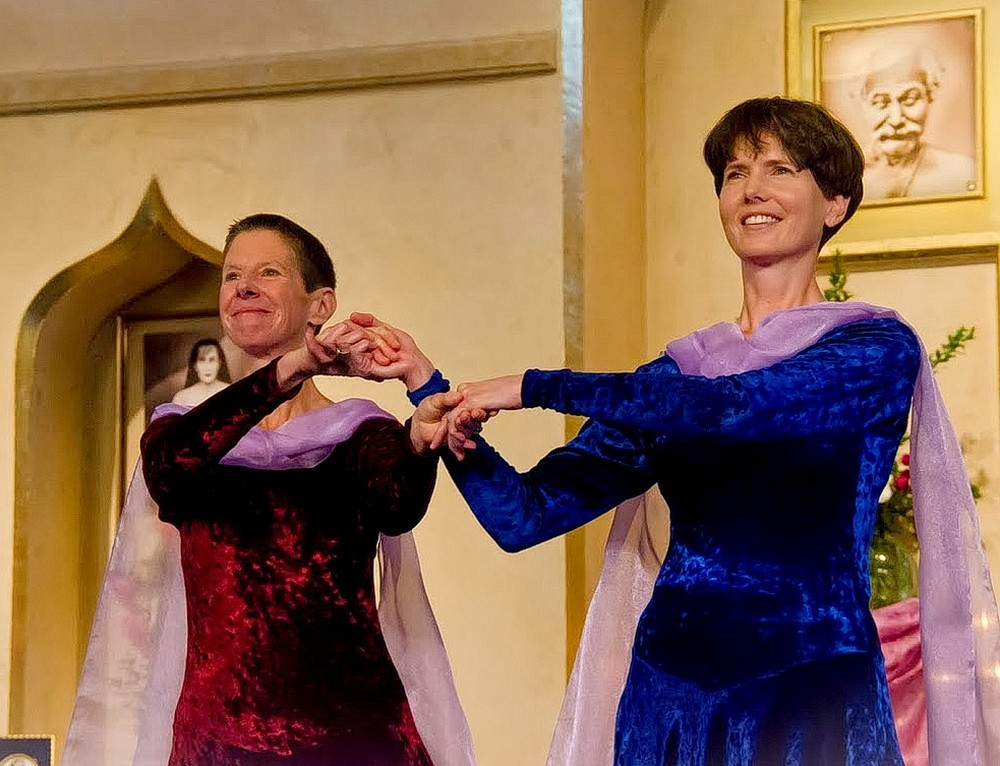 "Karen Beswick and Rita Deierlein perform a song by Swami Kriyananda, ""That Emerald Isle,"" at the Ananda Sangha temple in Palo Alto, CA. Click to enlarge."